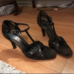Italian leather brown heels by Banana Republic